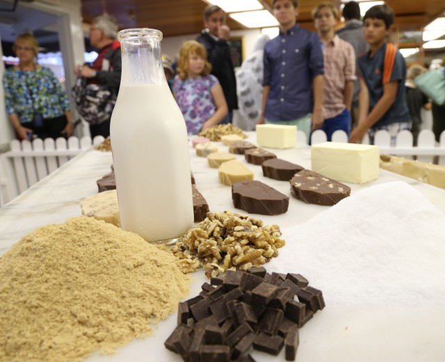 Murdick's Fudge is Original made with all-natural ingredients based on Sara Murdick's original recipe.