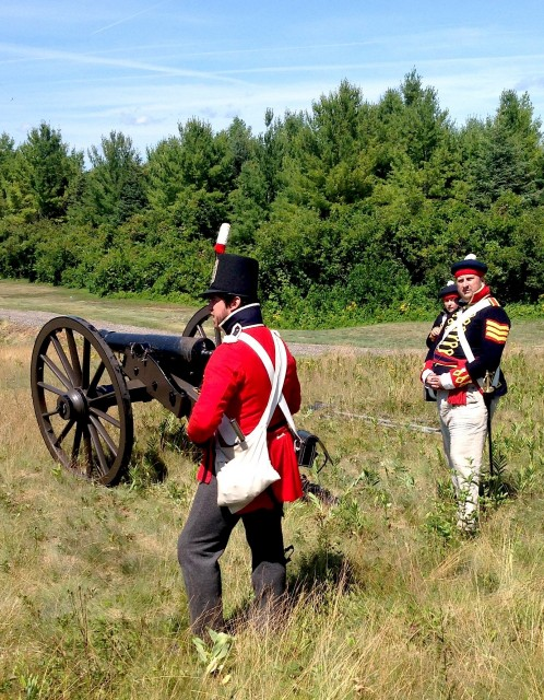 British cannons fired repeatedly on the American troops.