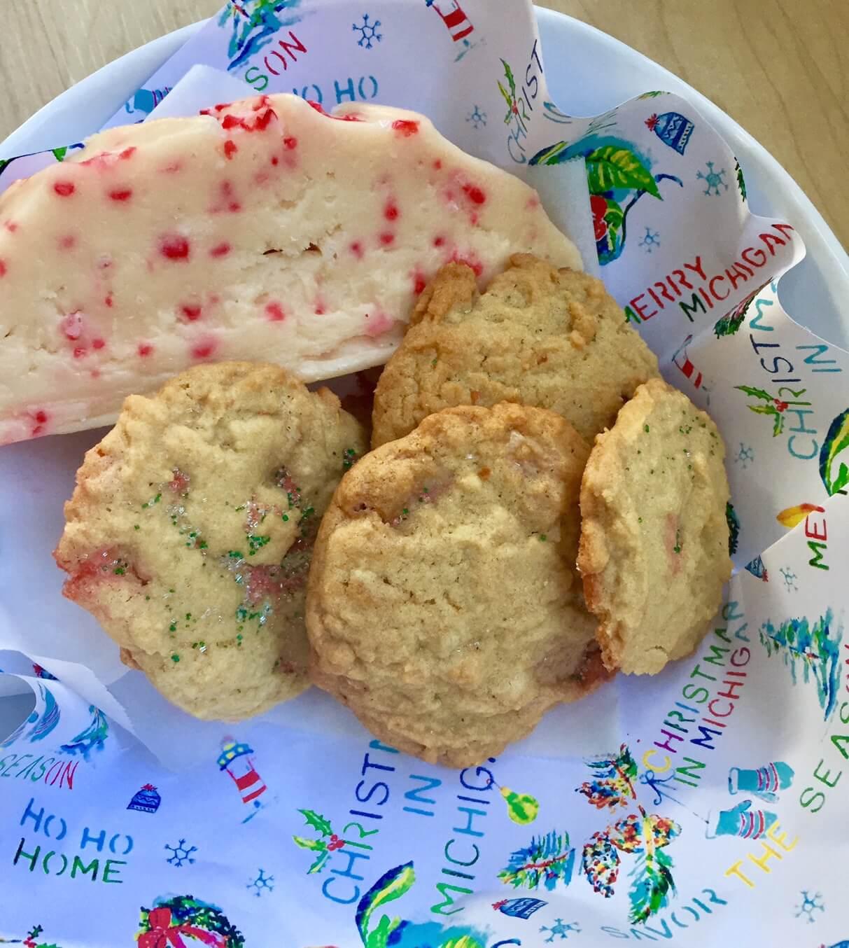original-murdicks-fudge-christmas-cookies-candy-cane-fudge