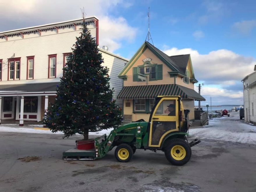 Mackinac Island Christmas Tree 2019